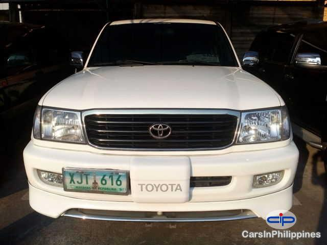 Picture of Toyota Land Cruiser Manual 2003