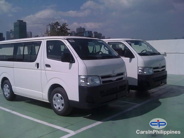 Picture of Toyota Hiace Automatic 2012