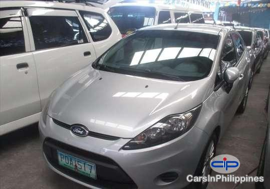 Pictures of Ford Fiesta Automatic 2011