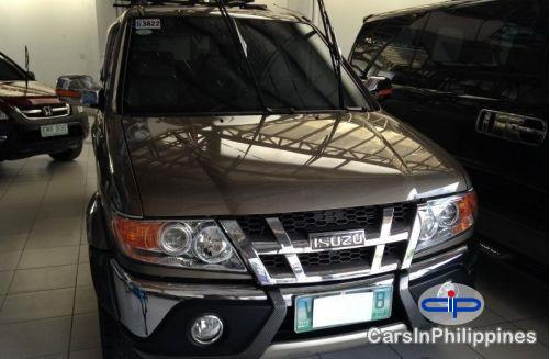 Picture of Isuzu Crosswind Automatic 2010