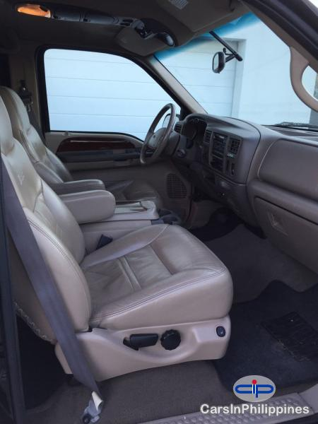 Ford Excursion Automatic 2000